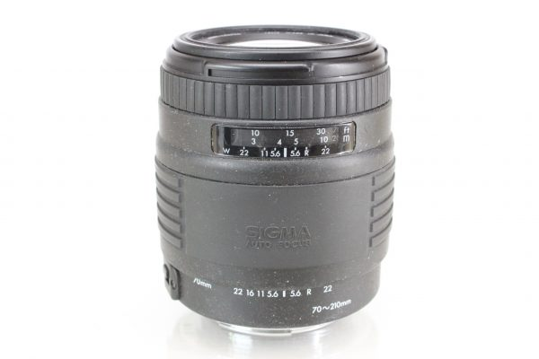 Sigma Auto-Focus UC 70-210mm F4-5.6 MC Zoom EF Lens For Canon EOS