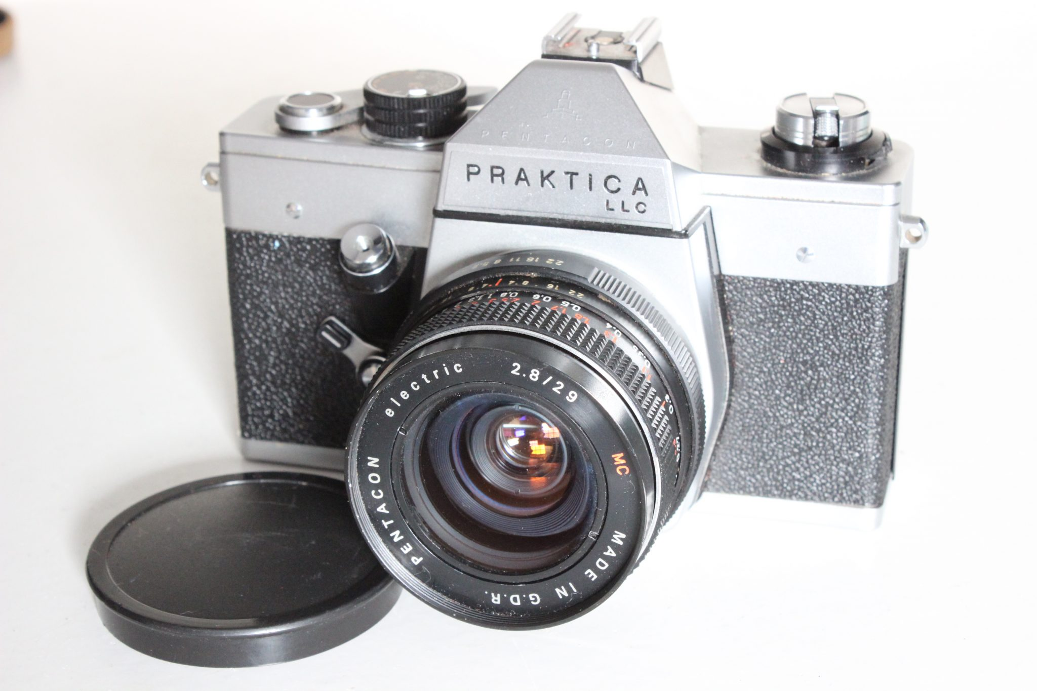 Praktica llc 35mm slr camera with 29mm wideangle lens and case
